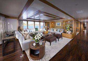 The main salon of superyacht 'Lady Britt'