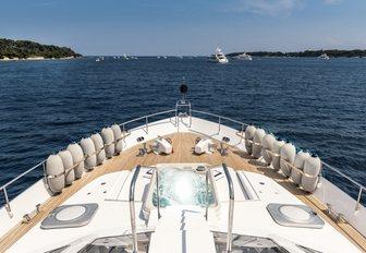 Jacuzzi and sundeck of luxury yacht ANTISAN