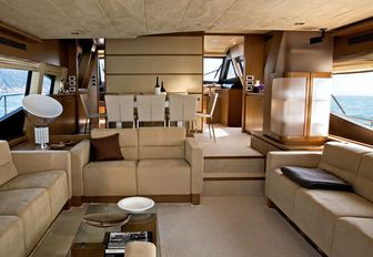 Motor Yacht LAVITALEBELA Offers Reduced Rate for Event Charters In The Mediterranean photo 3