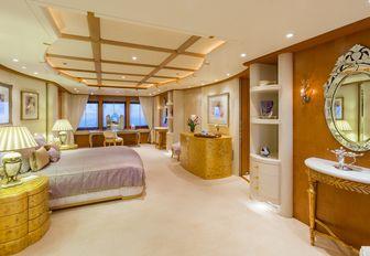 spacious, lilac master suite aboard motor yacht CALLISTO