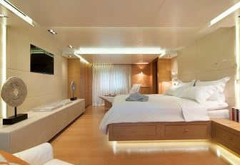 Luxury Yacht GEOSAND Available In Greece This Summer photo 8