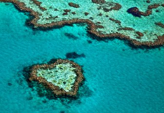 The Complete Guide to Luxury Yacht Charters in Australia photo 11