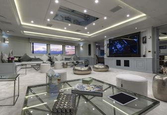 Comfortable seating and large TV screen on Superyacht CHAKRA