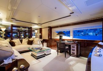 7 of the best superyachts still available for Thanksgiving 2019 yacht charters photo 2