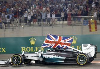Lewis Hamilton racing during the Abu Dhabi Grand Prix
