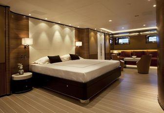 Bedroom on board FIDELIS