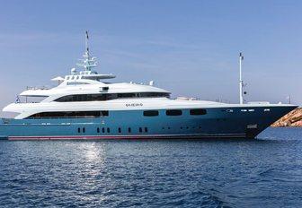 motor yacht O'NEIRO on a luxury yacht charter in Greece