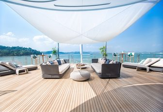 tranquil seating area on the deck of motor yacht SALUZI