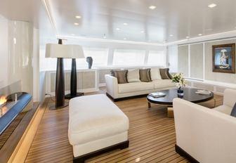 light, fresh and modern main salon aboard superyacht Spirit of the C's