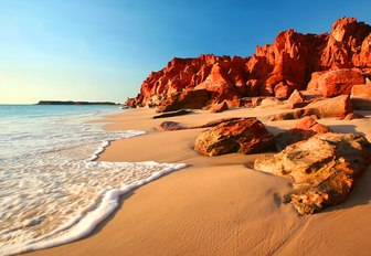 The Complete Guide to Luxury Yacht Charters in Australia photo 18