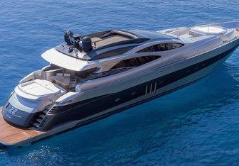 Z2 yacht charter Pershing Motor Yacht