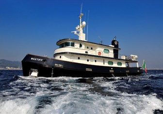 Mastiff charter yacht exterior designed by Appledore