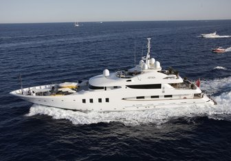 Azteca II Yacht Charter in Central America