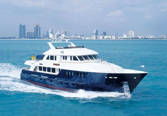 Child's Play Yacht Charter in Central America