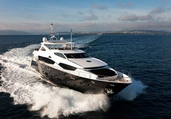 Black and White yacht charter Sunseeker Motor Yacht
