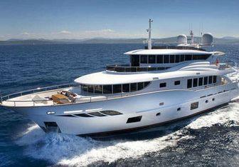 Gatsby yacht charter Filippetti Yacht Motor Yacht