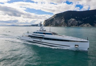 K2 yacht charter Columbus Yachts Motor Yacht