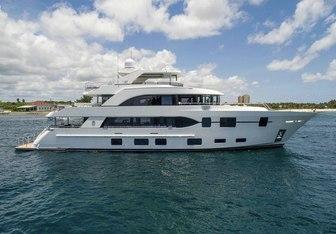 Long Aweighted yacht charter Ocean Alexander Motor Yacht