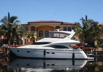Little Castle Yacht Charter in Bahamas