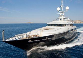 Mariu yacht charter Codecasa Motor Yacht