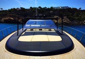 Neoprene yacht charter Overmarine Motor Yacht