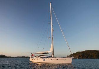 Vamos Yacht Charter in Bahamas