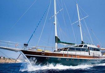 Golden Glory Yacht Charter in Crete