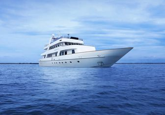 Megaway 128 Yacht Charter in Singapore