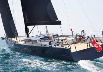 Luce Guida Yacht Charter in Bermuda