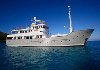 Zeepaard charter yacht interior designed by Vripack