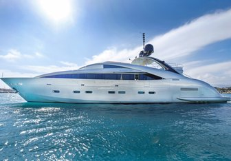 Hooligan II charter yacht exterior designed by Andrea Vallicelli