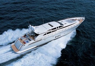 Eol B charter yacht exterior designed by Andrea Bacigalupo