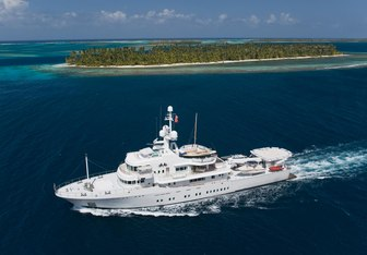 Senses yacht charter Fr. Schweers Shipyard Motor Yacht