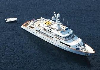Maverick II Yacht Charter in Berry Islands