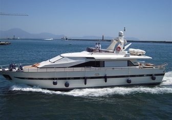 Principe di Pictor yacht charter Azimut Motor Yacht