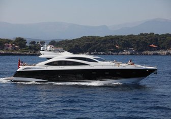 Starry Night yacht charter Sunseeker Motor Yacht