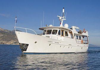 Labrador yacht charter De Vries Lentsch Motor Yacht