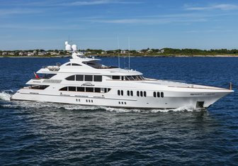 Aspen Alternative yacht charter Trinity Yachts Motor Yacht