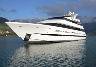 Ladyship charter yacht exterior designed by Mulder Design