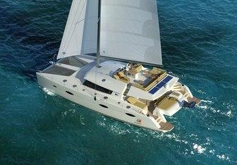 Aletheia yacht charter Fountaine Pajot Motor/Sailer Yacht