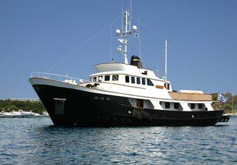 Dauntless Yacht Charter in Crete