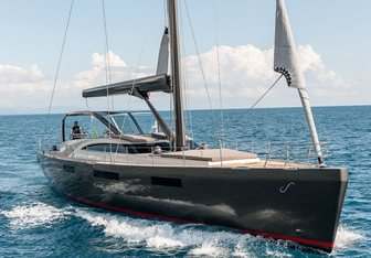 Gigreca charter yacht exterior designed by Admiral Yachts