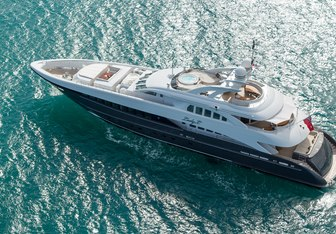 Lady L Yacht Charter in Berry Islands