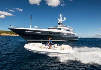 Emerald yacht charter Codecasa Motor Yacht