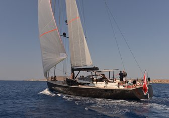 PH3 yacht charter Contest Yachts Sail Yacht