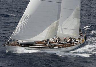 My way Yacht Charter in St Tropez