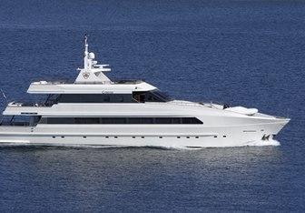 Corvus Yacht Charter in Crete
