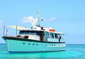 Bonaparte yacht charter Burger Motor Yacht