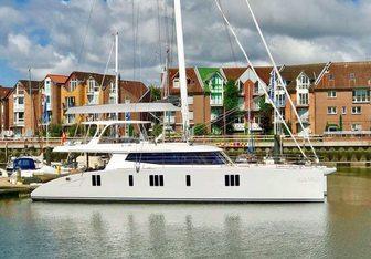 Calmao Yacht Charter in Bahamas