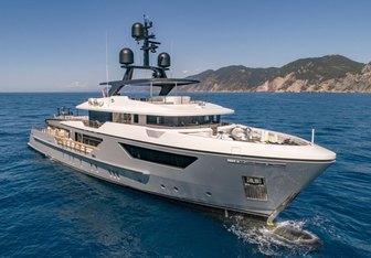 Drifter W Yacht Charter in Sardinia